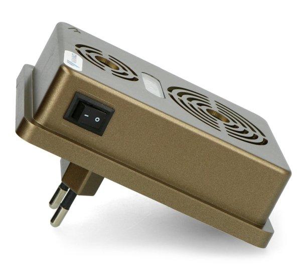 Urządzenie posiada również przełącznik kołyskowy.