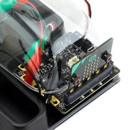 Kontrolna płytka środowiskowa może być użyta w realizacji projektu zautomatyzowanej szklarni domowej.